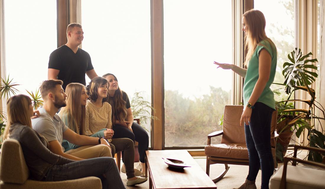 leader-teach-help-connect